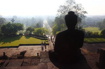La búsqueda espiritual para alejarse de la realidad física